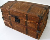 Antique Child's or Doll's Trunk