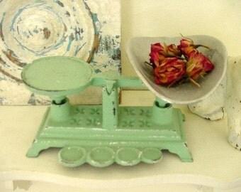 Jadite Green Vintage Cast Iron Kitchen Scale Jadeite