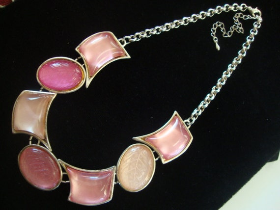 Vintage Pink and Silver Tone Link Choker Necklace