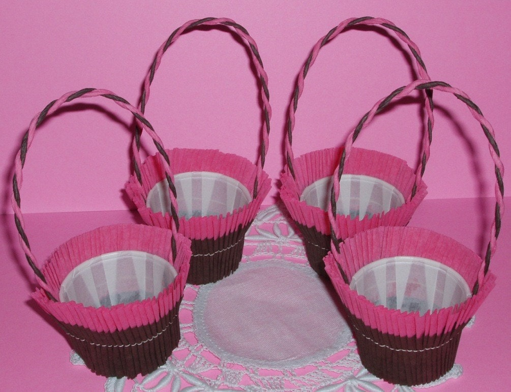 Crepe Paper Nut Cups
