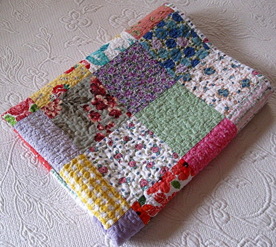 baby girl quilt, lap quilt, - abi23 - echo quilt no.17 - FREE SHIPPING thru April 1st