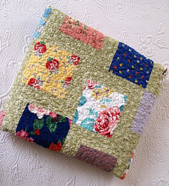 SALE ...flower garden..echo quilt no.18...baby girl quilt, lap quilt.... Ready to ship
