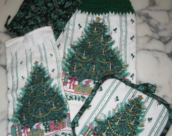 50% Off - 4 Piece Victorian Christmas Tree Cook Set, Hand Towel, Dish Cloth, Pot Holder Mit and Pot Holder, Ready to Ship