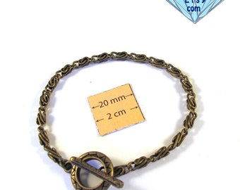 Antiqued Brass Metal Chain Bracelet with a Toggle Clasp is ready for Embellishment 8 inches (20 cm), A105