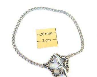 Silver Metal Chain Bracelet with a Flower Toggle Clasp is ready for Embellishment 8 inches (20 cm), A116