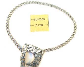 Silver Metal Chain Bracelet with a Toggle Clasp is ready for Embellishment, A117