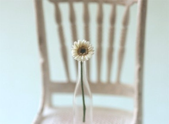 Dollhouse Miniature Flowers - Mini Gerbera Daisy in White