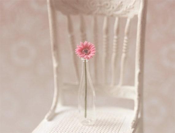 Dollhouse Miniature Flowers - Gerbera Daisy Medium Pink