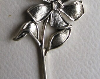 Silver plated Flower Charm (6)