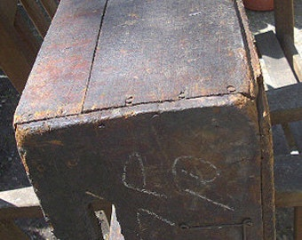 Old Wood Industrial Primitive Factory Farm Crate Box