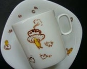 peanuts tea cup and saucer 1