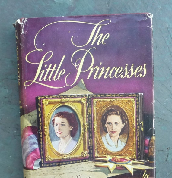 """1st Ed Queen Elizabeth Biography """"Little Princesses"""" British Royal Family Photographs -Marion Crawford Governess- hc dj First Edition Book"""