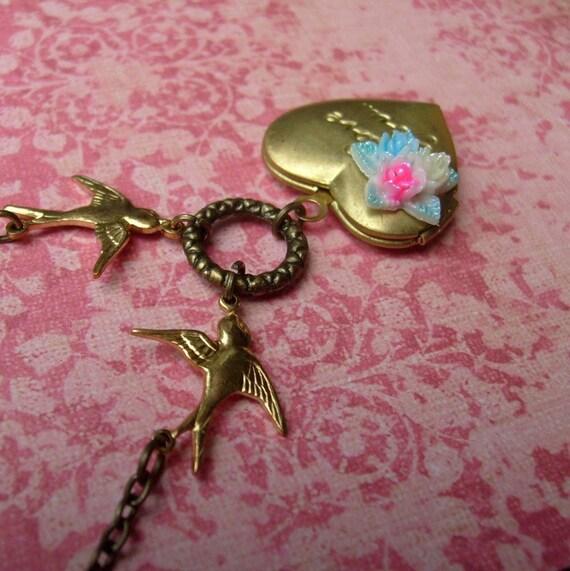 LoveBirds Vintage Necklace