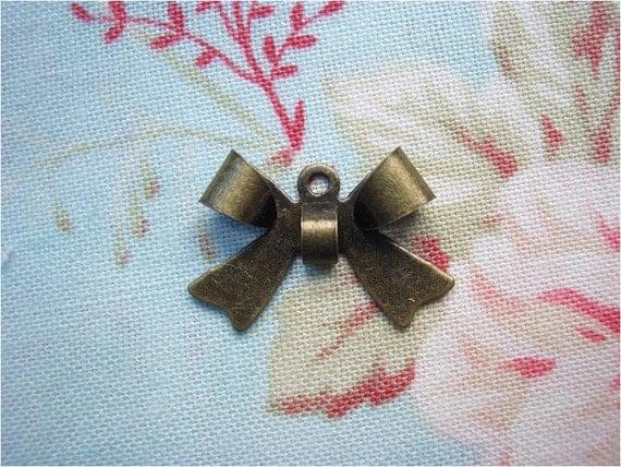 10pcs 16x11mm antique bronze bowknot charms pendants (J17)