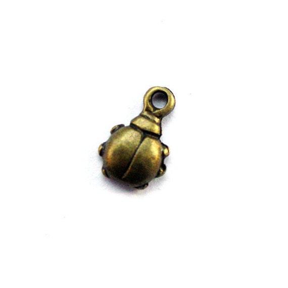10pcs 6.5x10mm antique bronze ladybug charms pendants (J376)