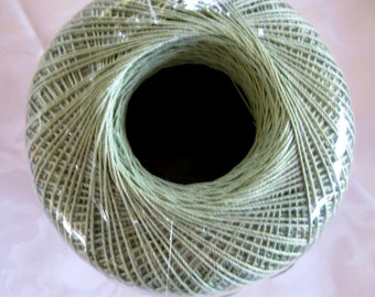 Aunt Lydias Classic Crochet Cotton Thread, FROSTY GREEN, size 10