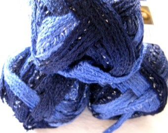 Red Heart Boutique Sashay yarn,  RUMBA,  ruffling scarf yarn, super bulky weight,  purple blue