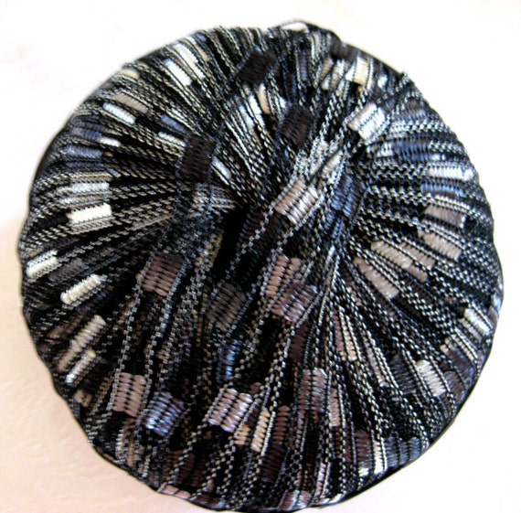 Shimmering ladder ribbon yarn, trellis yarn, black navy grey 5105, Muench Helix yarn
