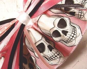PINK SKULL wedding garter Pretty Scary FUN