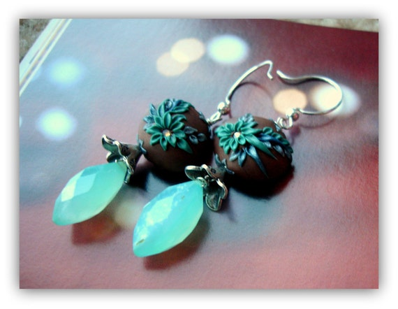 Aqua Chalcedony earring -  With Polymerclay and Bali flower beads in sterling silver - She walked in Beauty
