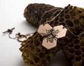 Medium Etched Honeycomb Necklace