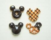 4 pcs Mouse Shaped Cookie Cabochon Set Brown CD289 (((LAST)))