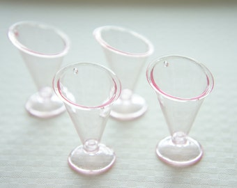 4  pcs Sundae  Cup Charm (H36mm) Very Light Pink