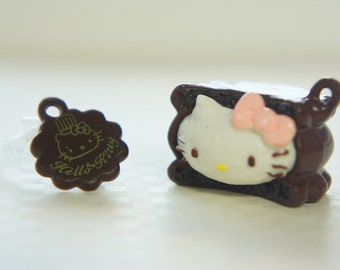 SALE 2 pcs Re-ment Hello Kitty Sweets Charm (24mm25mm) Chocolate Cookie Sandwich (((LAST)))