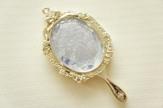 1 pc Big Mirror Compact Charm (50mm97mm) Snow White