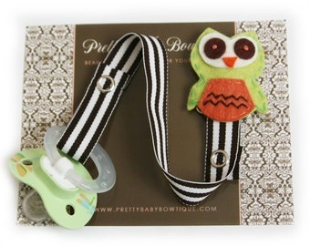 Pacifier Clip - Owl Paci Clip - Unisex Binky Holder- Boy or Girl Baby Gift- Lime Green (GO)