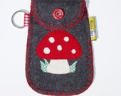 Mushroom mobile phone pouch