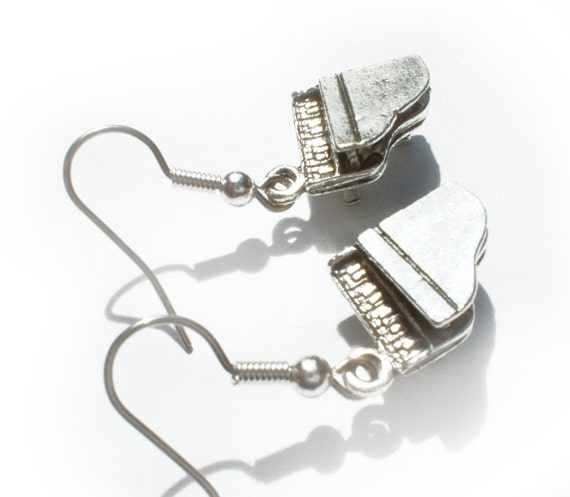 Piano Man Music Pewter Charm Earrings....