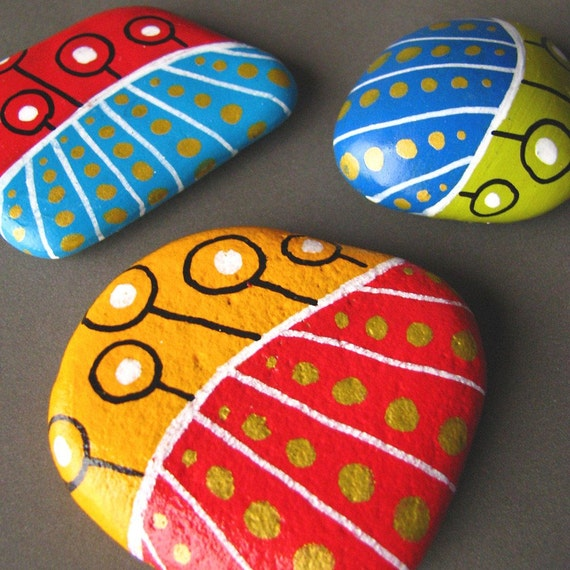 Painted beach pebbles magnets - set of 3 colorful magnets