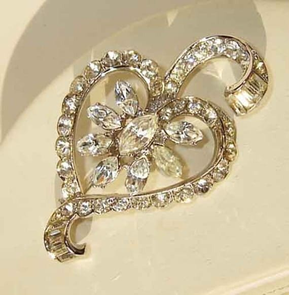 Vintage 40s Coro Rhinestone Heart Floral Brooch Pin