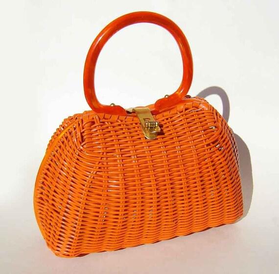 Vintage 50s 60s Lesco Lona Handbag Orange Wicker Basket Pocketbook Lucite Handle Purse