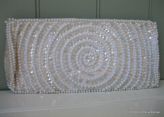 Petite Vintage Beaded White Clutch Wedding Bon Soir Hand Made in Japan with Italian Beads Retro Hollywood Glamour Party Evening Bag Snow