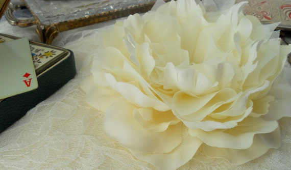 Luxe Champagne Peony Hair Flower