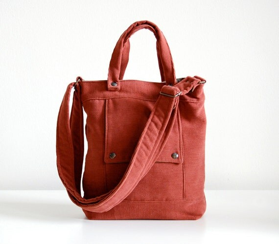 Packet in Barn Red - LAST ONE - Ready to Ship