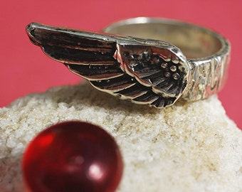 Wing Ring in Sterling Silver