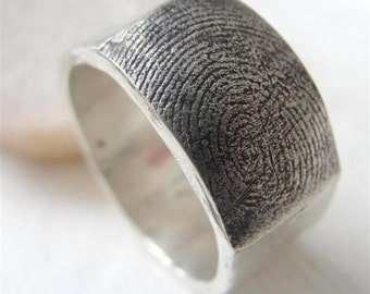 Fingerprint Custom Wedding Band Ring Jewelry in Sterling Silver Personalized