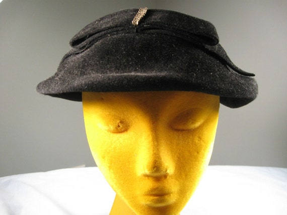 Vintage 40s 50s Black Wool Martha Gene Hat Cap