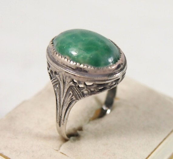 Reserved for ReadymadeJewelry  Vintage 30s Sterling Silver Art Deco Green Glass Stone Ring Sz 6