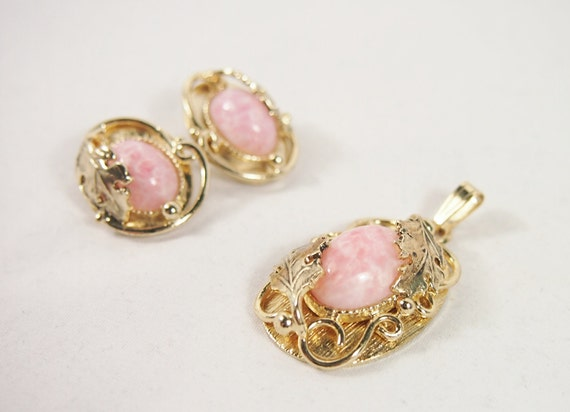Whiting Davis 60s Pink Art Glass Earrings Pendant Set Vintage Jewelry