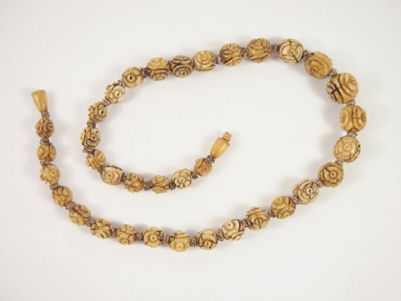 Carved Rose Bone Bead 30s 40s Necklace Vintage Jewelry