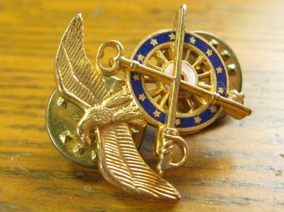 Vintage Army Quartermaster Eagle Sword Key Military Pin