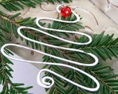 FREE PRIORITY shipping (FREES)-  Whimsical Wire Christmas Tree Ornament
