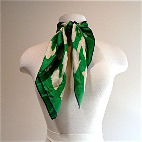 1960 silk Echo preppy stewardess style vintage kelly green and navy blue scarf