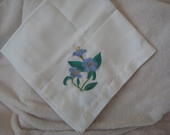 Bread Basket Liner with Morning Glory Flowers