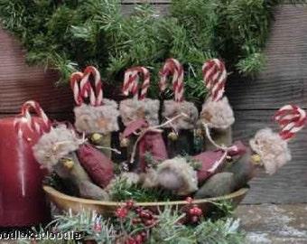 Primitive Santa's Boots Cap Bowl Filler Tucks Ornies Instant Digital Download E Pattern  ET