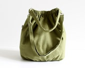 Last ONE, Nagy in Olive Green extra large, Messenger Bag, Diaper Bag, Spring, Summer / gym sport outside bag / St Patricks Day / library bag